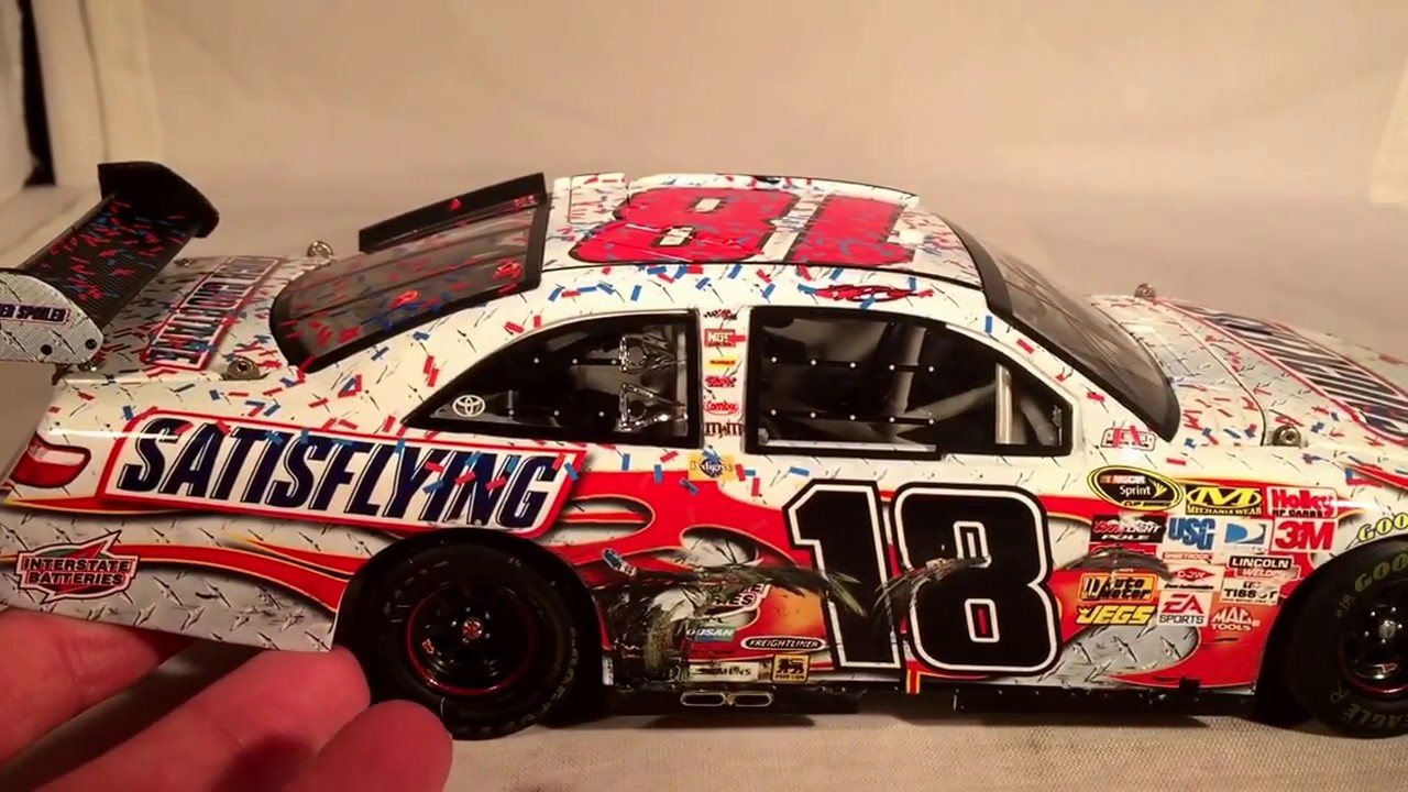 Review 2009 Kyle Busch 18 Snickers Satisflying Bristol