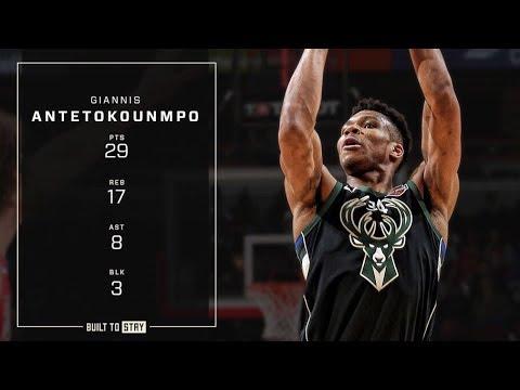 Giannis Antetokounmpo Double-Double vs Bulls | 2.11.19