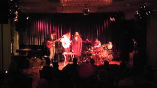 Lea W  Frey - How soon is now - at Jazz Units Festival Berlin 2013 Dec. 7th