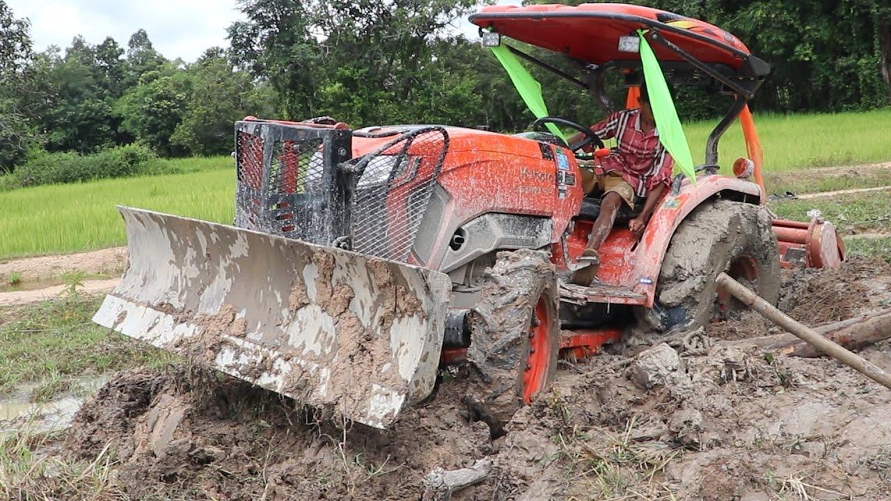 Best Tractor Kubota L5018 2021 stuck in the mud.ត្រាក់ទ័រភ្ជូរជាប់ផុងក្នុងស្រែពេលកំពុងភ្ជួរស្រែ#Fram