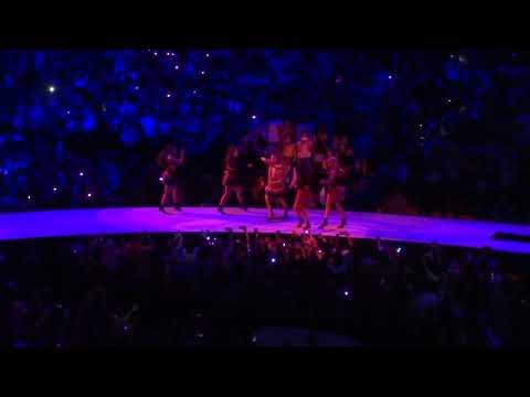 "Ariana Grande ""Thank U, Next"" AT&T Center 5-17/19 (10)"