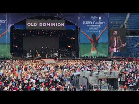 Old Dominion - Snapback (Foxboro MA, 8/26/17)