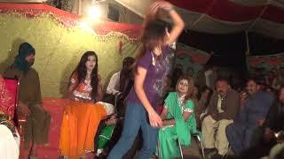 whatsapp mujra AIMA KHAN and multani girls hot new pakistani dance 2018