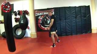 Thaiboxen- Basics- Faustarbeit- Jab Punch