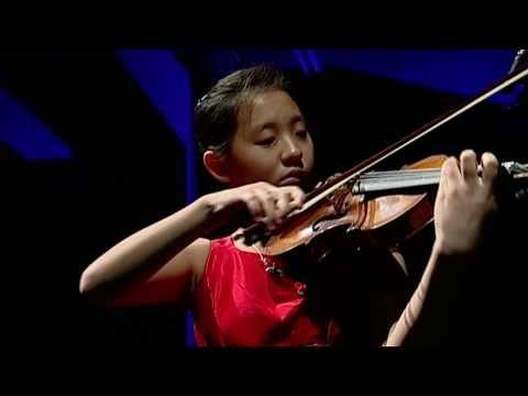 EG4 Anna Lee, violinist (10-11)