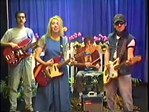 Download Charly Bliss - Ruby    Mp4 baru