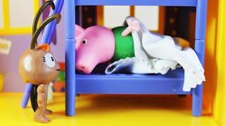Pig George da Familia Peppa Pig Tem Medo de Barata! Em Portugues Clube Kids