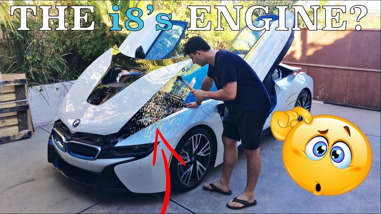 Bmw Doesn T Want You To See Your I8 S Engine Youtube