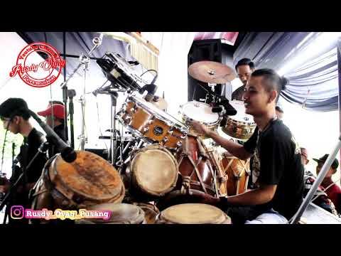 Wangsit Siliwangi Versi (Pusang) Rusdy Oyag Percussion