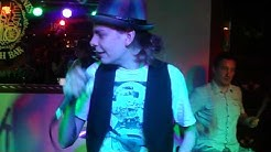 Ari Koivunen - Cowboys From Hell @ Molly Malones Toppari