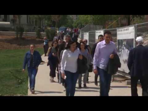 """Ora News - """"The Economist"""": Tirana, nga e mërzitshme kthehet në qytetin me vlera në Europë"""