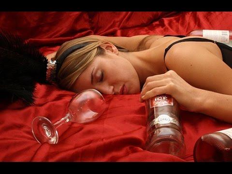 После того как бросил пить мучает бессонница