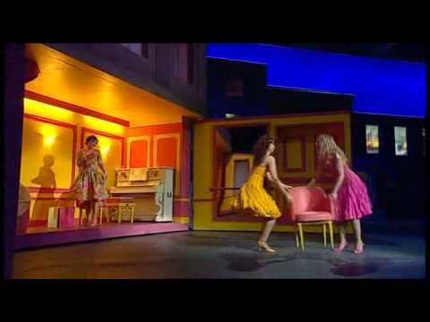 [Rus subs] Les Demoiselles De Rochefort / Девушки из Рошфора (2003)