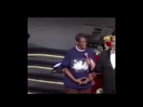 Kevin Hart reacts to lady testimony in Church! LMAO