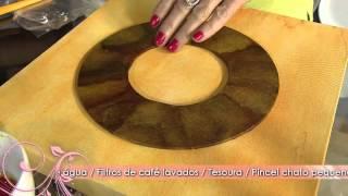 Faça um quadro decorativo com coador de café e pedrarias