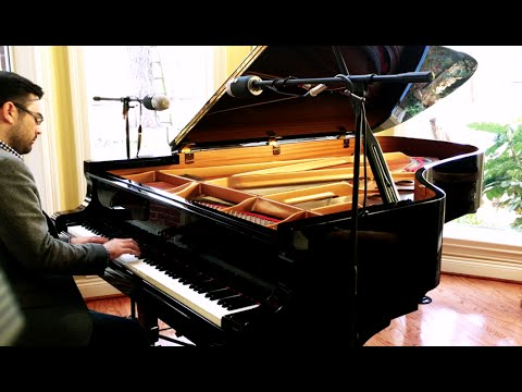 Leonard Cohen - Hallelujah on Grand Piano