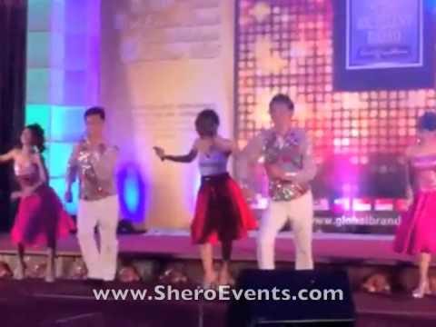 Live Singing by Xiao Wei Wei!