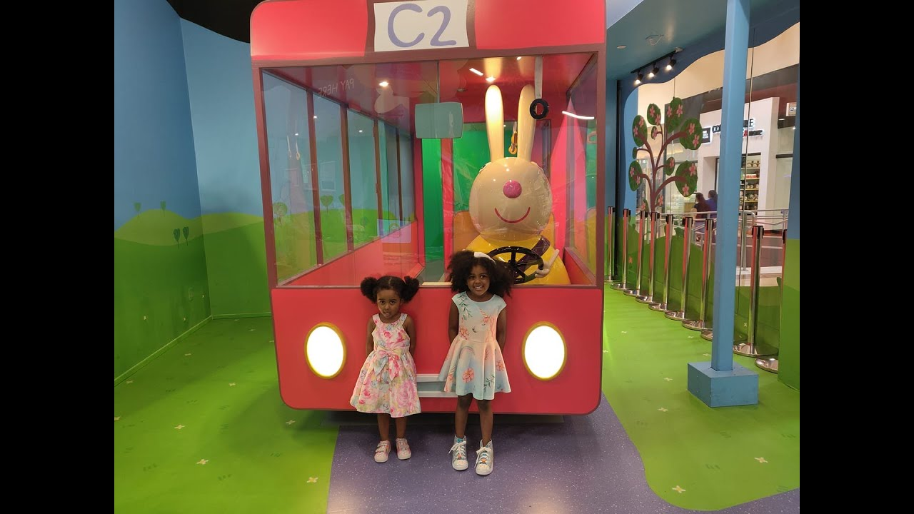 Peppa Pig World Of Play Great Lakes Crossing Outlets