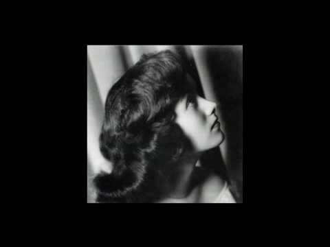 Ann Irving 19262007 sings Neapolitan Songs