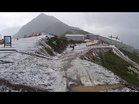 Стихия в Сочи: в горах выпал снег и сошел сель