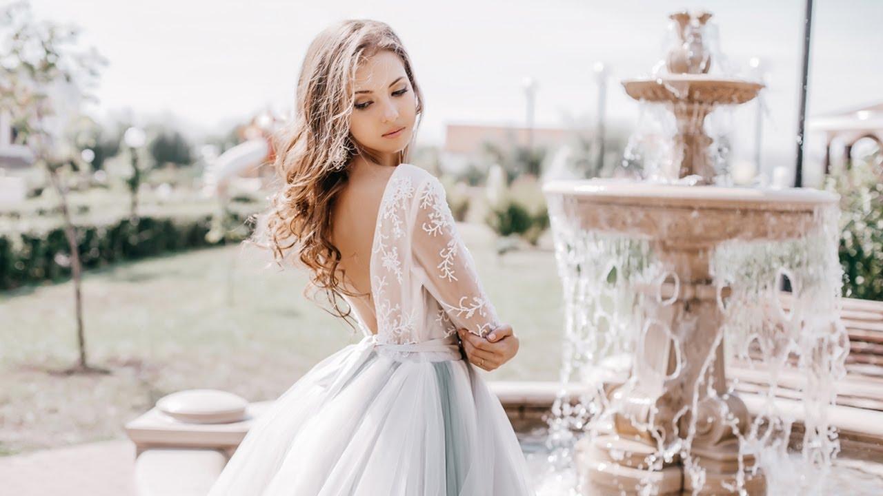 1765d93b870ea صيحات فساتين الزفاف لربيع 2019 - YouTube