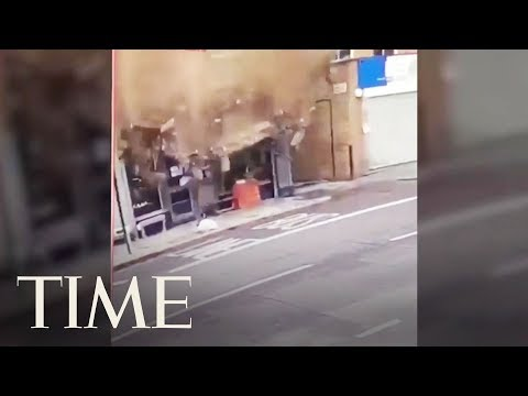 Eddie & Rocky - VIDEO: Guy Narrowly Escapes Death When Building Collapses Behind Him