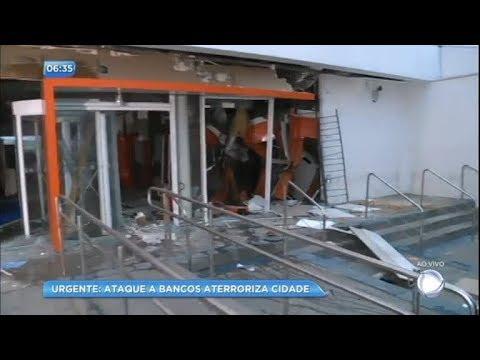 Quadrilha ataca bancos e promove terror em Ibiúna (SP)