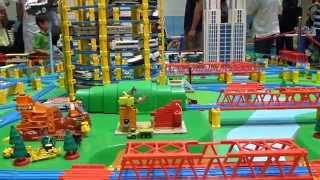 東京多摩市聖蹟桜ヶ丘で、夏休みに子供達が楽しめるトミカ、プラレール...