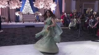 Dil ka telephone Hai bajta ring   lagdi hai thaai   Laayi de mohe Rajvaadi odhni #Wedding Dance