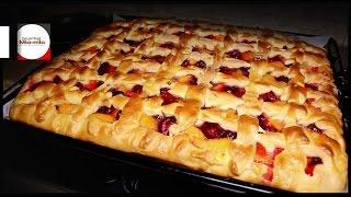 Пирог с абрикосами и вишней / Вишнево-абрикосовый пирог / Сдобная выпечка / Пирог из детства