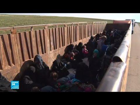 شاحنات تقل جهاديين وعائلاتهم من آخر معقل لهم في سوريا  - نشر قبل 30 دقيقة