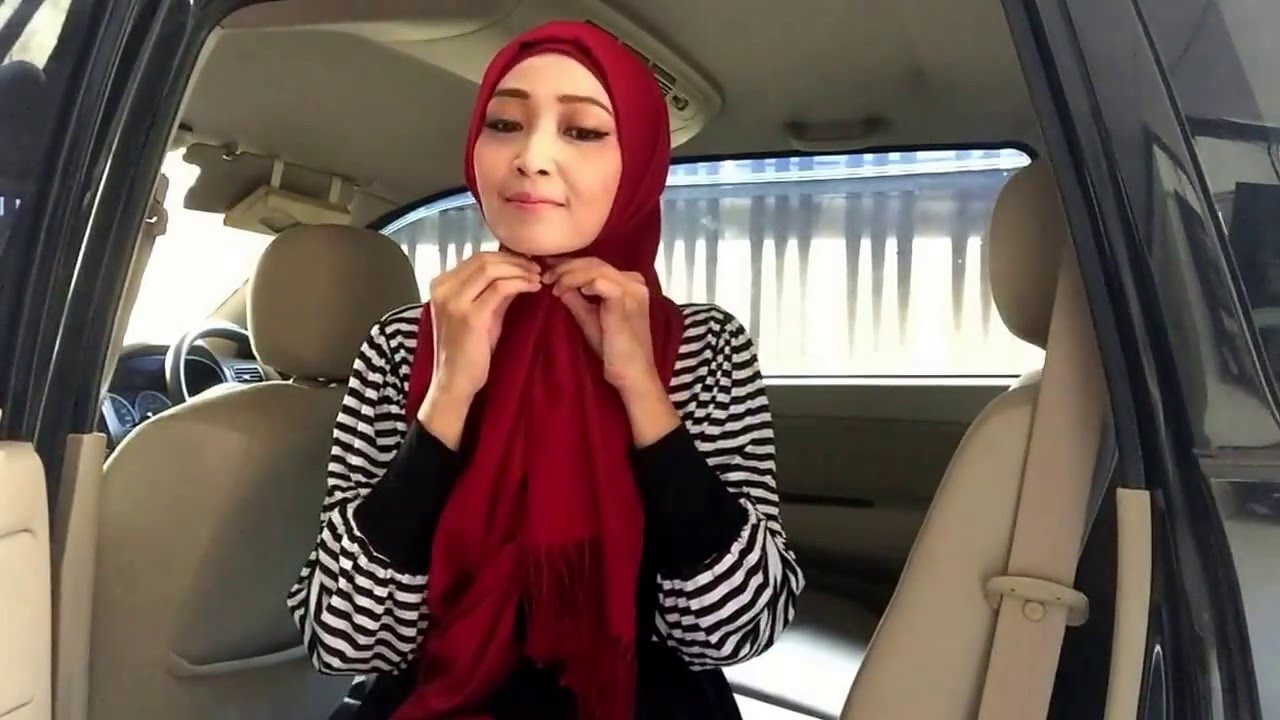 Easy Hijab Tutorial 77 Kerudung Ala Zaskia Sungkar YouTube