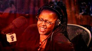 Robin Quivers Reads Beth Ostrosky's FHM Article (Howard Stern)