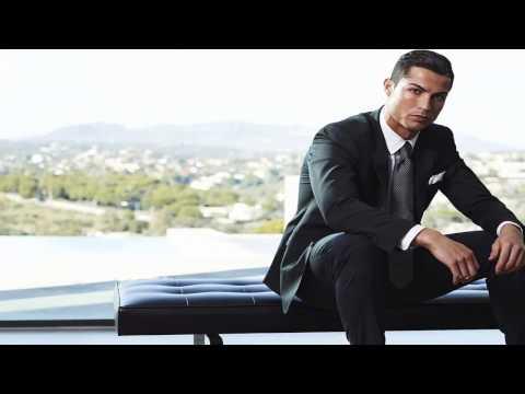 Lifestyle Cristiano Ronaldo Salary & Net Worth In 2017  Celebrity News
