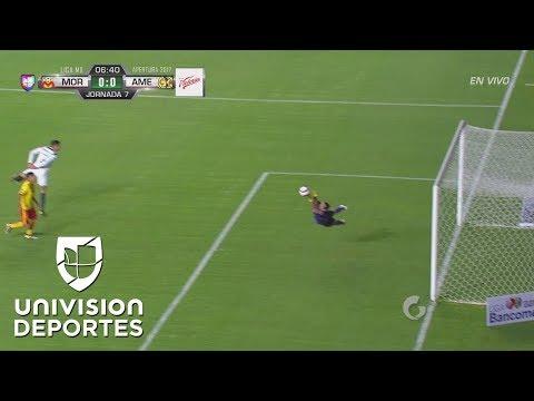 Marchesín voló como superman para evitar el gol de Morelia