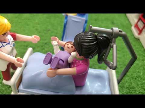 PLAYMOBIL STORY : Un nouveau bébé pour maman ! - Shannon Merveille