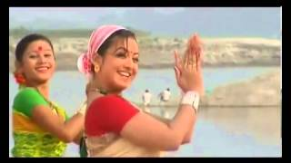 Repeat youtube video Assamese bihu song hatu kumol kumol