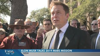 Elon Musk tells SXSW crowd Mars spaceship will be ready for short flights next year