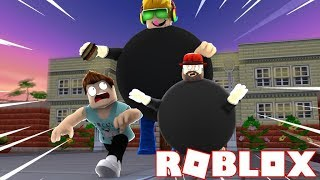 RUN FROM MR. CHUBS SIMAS OR HE WILL EAT US!!!! ROBLOX EAT OR DIE!