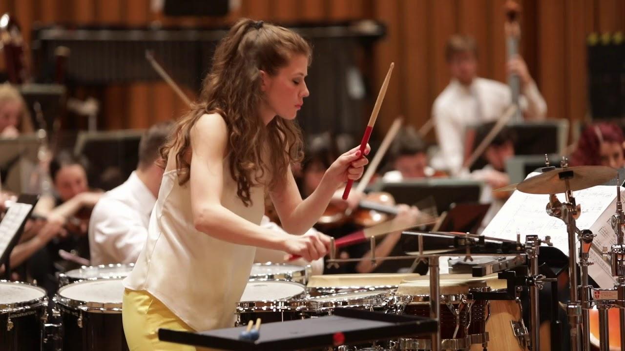 Aleksandra Šuklar performs Veni,Veni Emmanuel by J. MacMillan