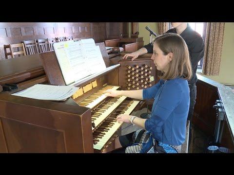 Organist Anne Laver in Recital