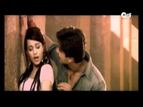 Amrita Rao Lip Kiss