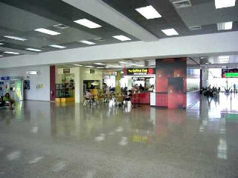 El Salvador Intl Airport TACA HUB morning rush hour III