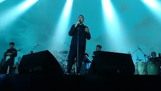 TULUS - Langit Abu-abu (Live at Konser Monokrom TULUS) Sabuga, 20 November 2018