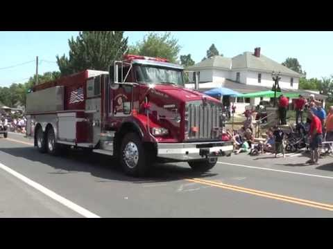 Altona Old Home Day Parade  6-26-16