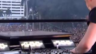Hardwell live at Ultra Music Festival 2013