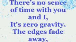 David Archuleta-Zero gravity [Lyrics on screen]