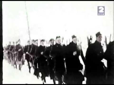 Hrvatske ustaše strijeljaju Srbe nad jamom 1941.