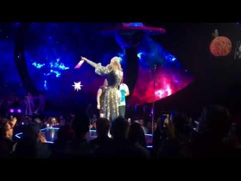 Katy Perry Concert Gender Reveal - San Jose 11/14/17