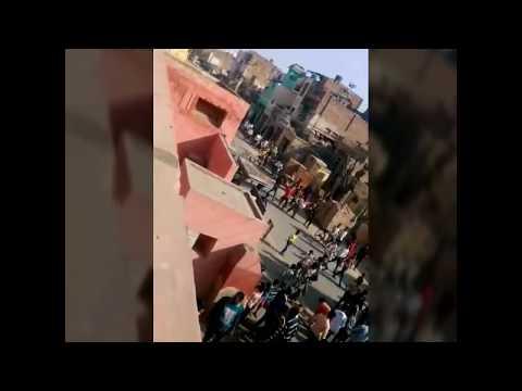 Sri Ganganagar news श्रीगंगानगर जवाहर नगर थाना मे सैकड़ों लोग घुसे।